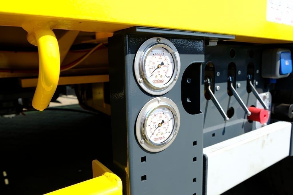 Manometer hydraulisch - DSCF2226