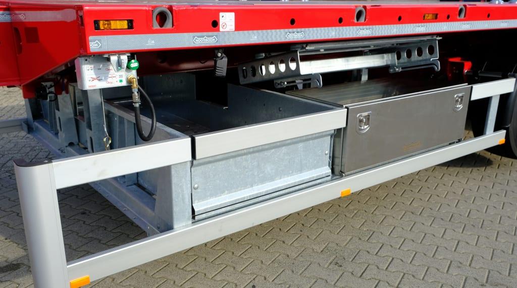 Nooteboom Teletrailer Longrunner - Storage box