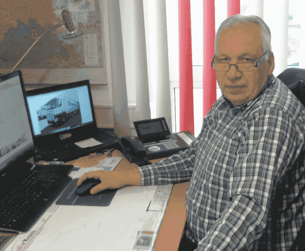 MARTIN EIKMEIER, DAMAGE EXPERT FAHRKOM